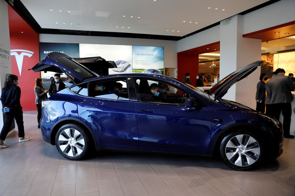 Tesla issues two U.S. recalls to address seat belt issues